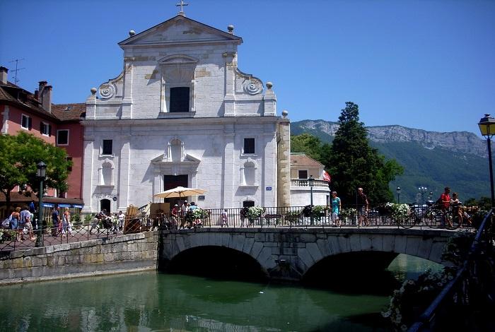 Церковь святого Франциска Сальского