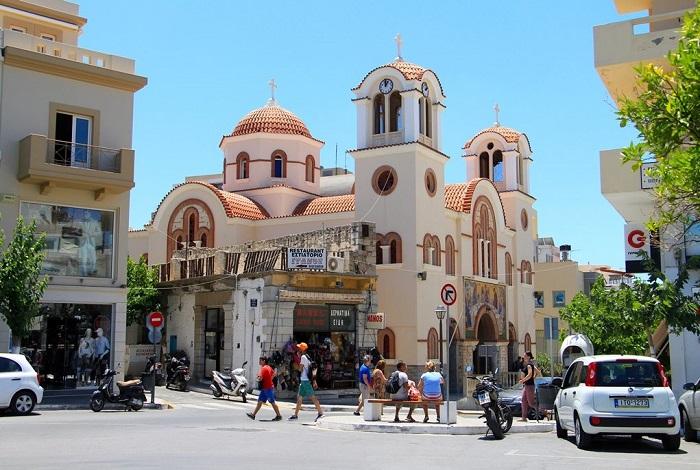 Площадь Platia Eleftheriou Venizelou