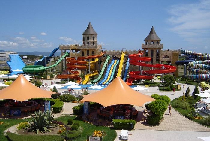 Водный парк аттракционов Aqua Paradise