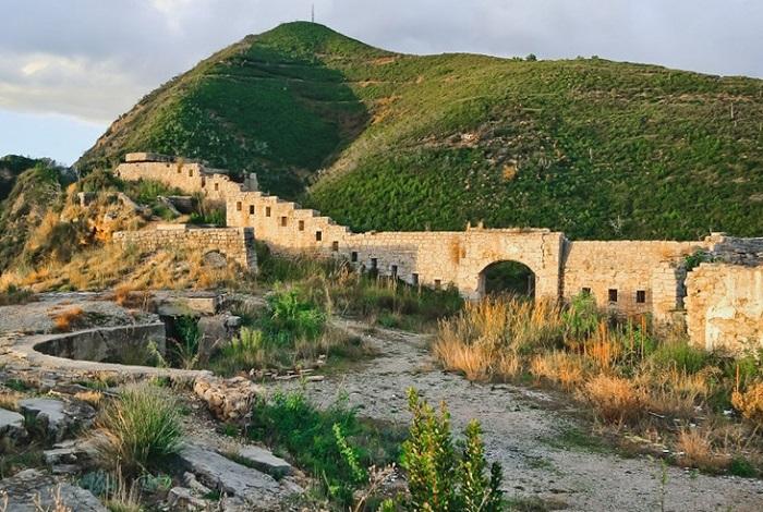 Крепость Могрен