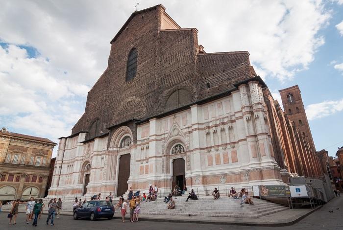 Базилика Святого Петронио