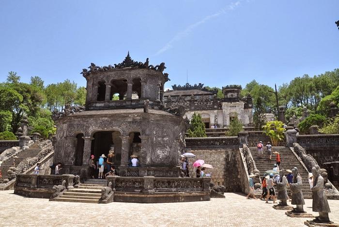 Гробница императора Ты Дыка