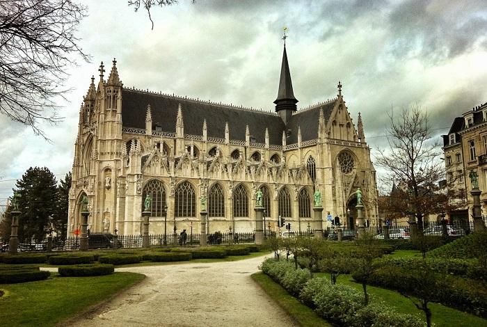 Церковь Нотр-Дам-дю-Саблон