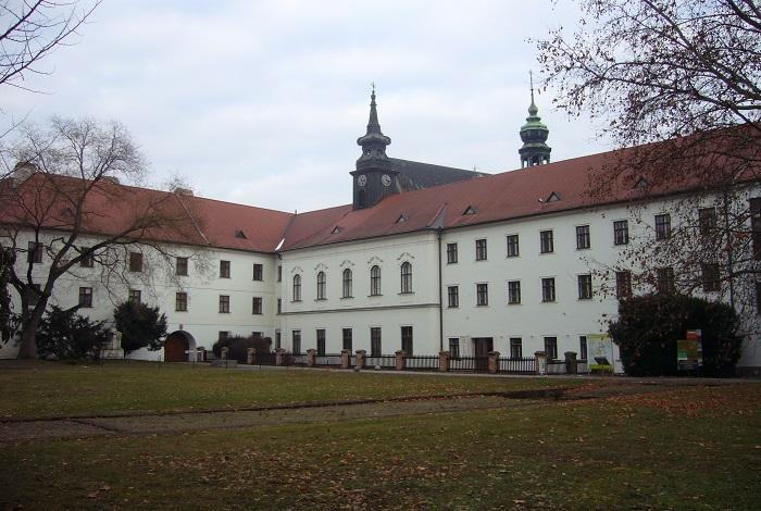 Старобрненский монастырь
