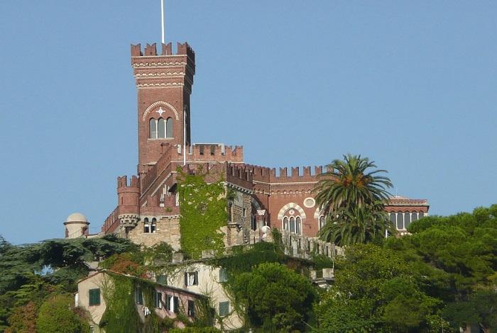Замок Д'Альбертис