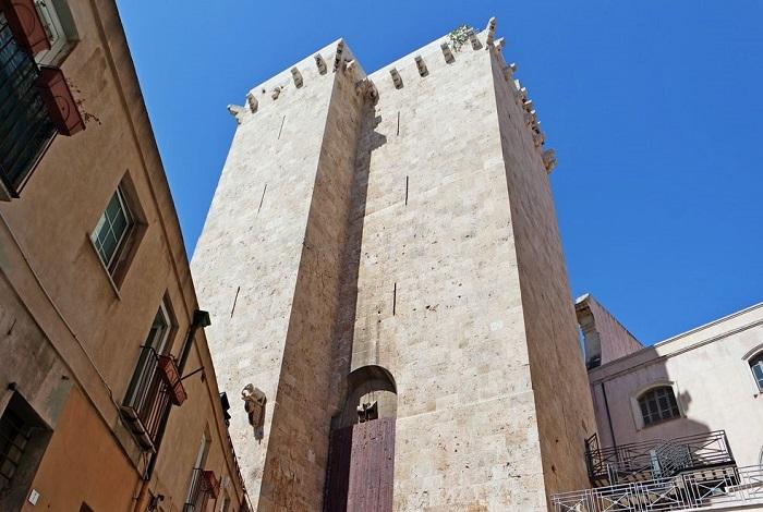 Башня Торре-дель-Элефанте