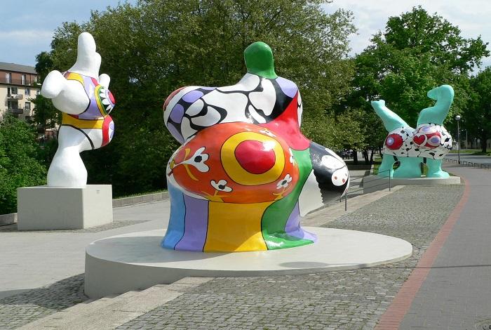Скульптура Нана
