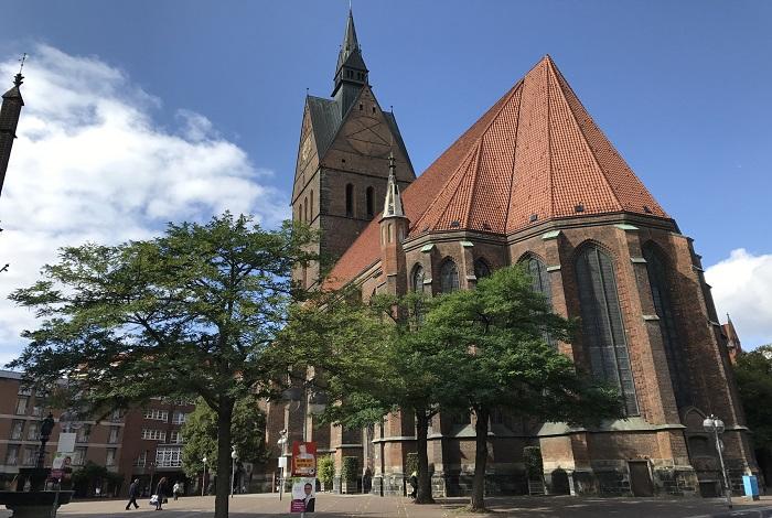 Церковь Святых Георгия и Иакова